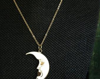Moon Cloisonne Pendant Necklace, Vintage Cloisonne Pendant Necklace, Cloisonne Necklace, Cloisonne Moon Necklace, Vintage cloisonne,  N147