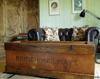 INDUSTRIAL RAILWAY CHEST Coffee Table Trunk Vintage Rustic Storage Bespoke  Hand Crafted Furniture Reclaimed Pine Planking u0026 Fittings