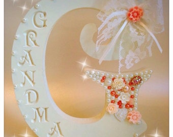 Freestanding Embellished Name Engraved Initial G Grandma