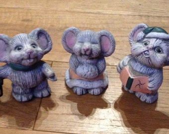 Vintage Christmas Carol Singing Mice Ornaments. Cheeky Characters and Very Cute.