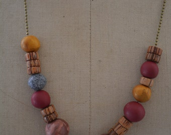 Necklace beads wood and beads of Fimo