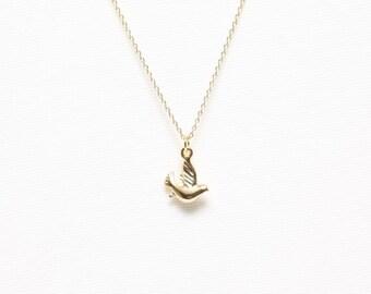 Bird Necklace, Pigeon Necklace, Dove Necklace, Peace Necklace, Tiny Necklace, Cute Necklace, Lovely Necklace, Womens Necklace
