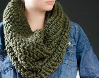 The Arbor | Chunky Cowl. Chunky Scarf. Loop Cowl. Cowl. Scarf. Crochet Cowl. Crochet Scarf. Chunky Crochet Cowl.