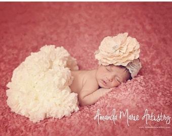 newborn pettiskirt, newborn tutu, ivory tutu, ivory pettiskirt, lace tutu, lace pettiskirt, infant tutu, ivory infant tutu, baby girl, gift