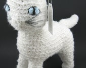 Snowball the Crochet Cat (Large Size)