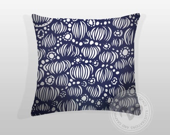 "Pillow Cover fits 50x50 cm. Named ""Illuminated""."