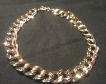 Gold Formal Link Chain Collar