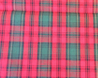 Christmas Plaid Quilt/Craft Fabric - Vintage - 1/2 Yd