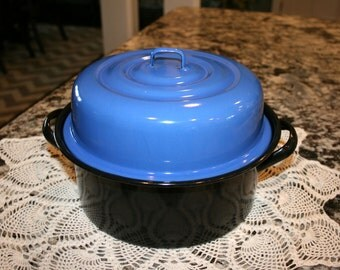 Enamel Black Pan//Enamel Blue Lid//Vintage Enamel Pot With Lid
