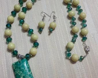 Magnesite Pendant w/ Olive Jade & Crystals Set
