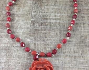 Gorgeous Vintage Style Molded Flower Rose Peach Orange Maroon Bead Necklace