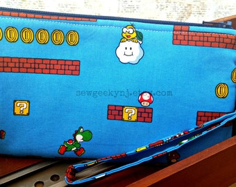 Mario Bros Wristlet - Luigi Clutch - Nintendo Zippered Pouch - Video Game - OOAK - Custom Made