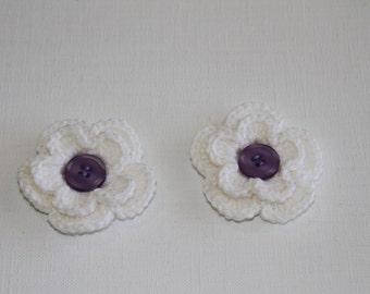 Crochet flowers, crochet appliqués, set of two, flower appliqués, embellishments, white flower