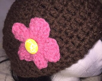 Brown hat with removable flower