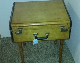 Vintage suitcase table, Shabby chic, Upcycled suitcase, country cottage, home decor