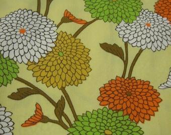Vintage woman's kimono/casual/wool fabric/chrysanthemum/flower/yellow/colorful/pastel/material/handmade/japan