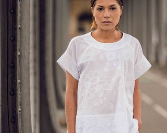 LUCY TEE, 100% cotton khadi embroidered