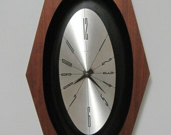 Welby CLOCK, Elgin, Vintage, Mid Century, C Battery Operated
