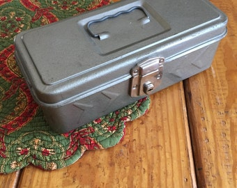 Gray Tackle Box, Artist Case, Vintage Metal Box, Artist Supplies, Craft Room Case, Craft Room Storage Box, Gray Tool Box, Grey Metal Box