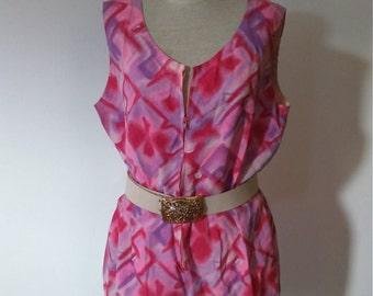 Vintage jumpsuit. Pink print.
