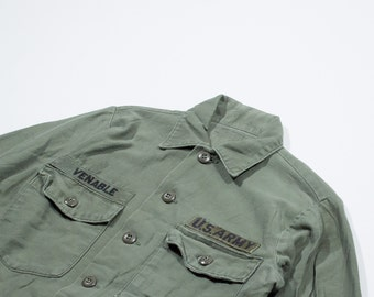 U.S. Army army green shirt