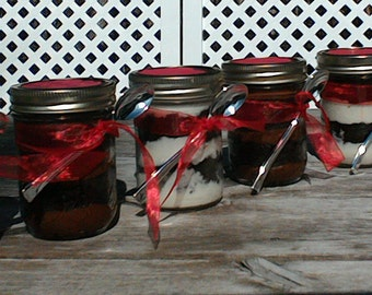 JAR CAKE/cake in a jar/homemade/cake/baked goods/wedding favour/Christmas gift/23sweets/party favour/food gifts/cake/jar/birthday/favors