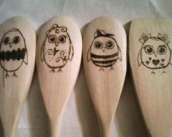 Wooden burned spoons. Owl spoons. 4 Spoons included. Wood spoons. Custom spoon.