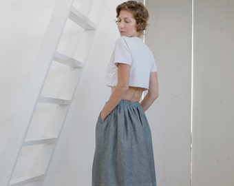 Women's gray skirt, skirt with pockets, elastic waist band, women's skirt, pull on skirt, midi skirt, midi gray skirt, women's midi skirt