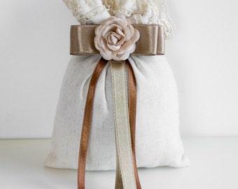 Set Of 30 Cream Linen Wedding Sachet, Lavender Bags, Wedding Favor, Handmade Sachet