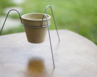Porte Pot en métal pour plante, fleur - trépied sur pattes