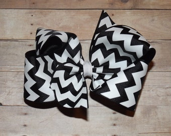 "6"" Black Chevron Print Boutique Hair Bow"