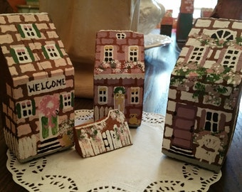 """Set of 3 """"Welcome"""" Brick Houses"""