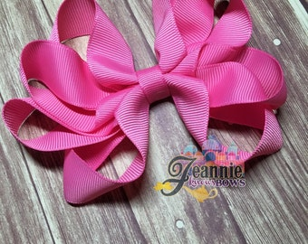 Girl's Bow. Pink Bow (Can do in any color)