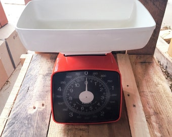 Retro Dark Orange Krups kitchen scales with White weighing bowl / Vintage from the 1970s