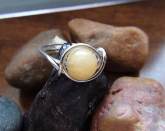 Yellow Jade Bead Copper Rings