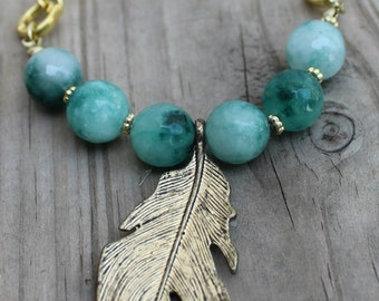 Feather boho necklace