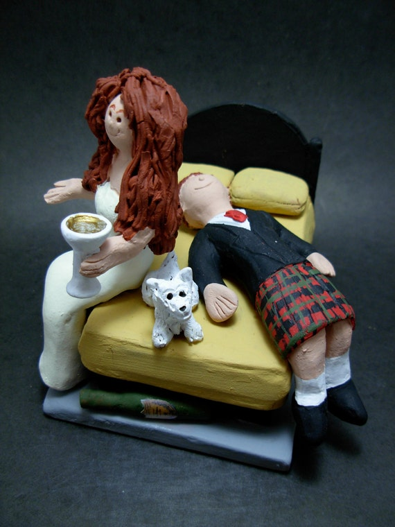 drunk bride and groom wedding cake drunken groom out wedding cake topper groom in kilt 13759