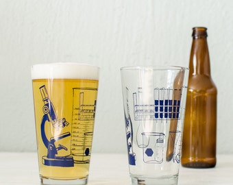 SCIENCE TOOLS glassware screen printed pint glass