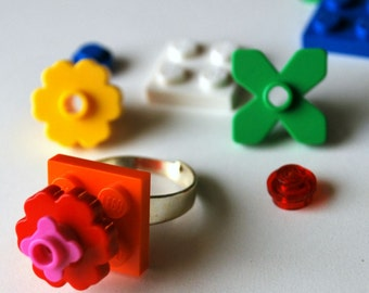 Play Day Ring in Orange: Build Your Own LEGO Ring