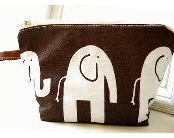 elephant pride Makeup Bag  brown Accessory Cosmetic Bag Make Up Bag Pouch Toiletry Bag  Makeup Bag Accessory Cosmetic Bag Make Up Bag
