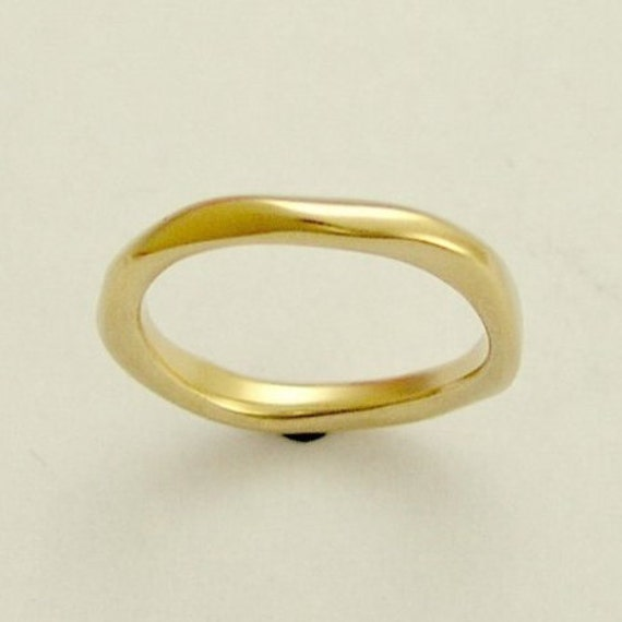 14k Yellow gold band, simple gold ring, unisex band, gold wedding band, organic gold ring, simple band, stacking gold band - Ensemble RG1593