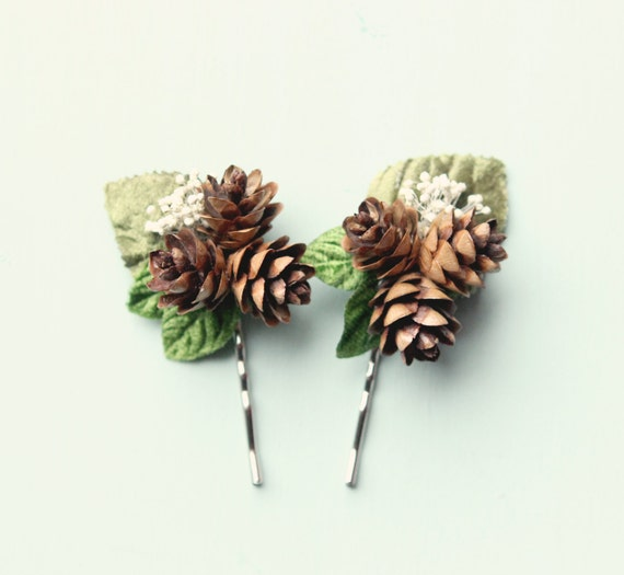 Pine cone hair clip, Rustic wedding accessory, Winter wedding, Bridal hair pins, Woodland hair clips, Woodland hair, Bridal hair, Holiday