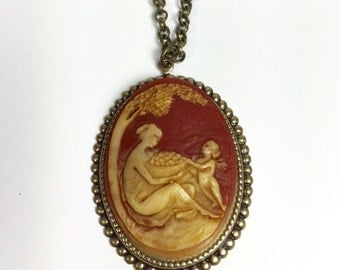 Cameo Necklace, Cornelian and Gold Necklace, Vintage Cameo Necklace, Mother and Child Cameo