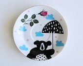 Bear with an umbrella plate