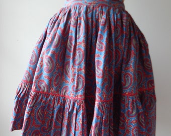 Dancing skirt | vintage 1950s skirt |  paisley cotton 50s skirt