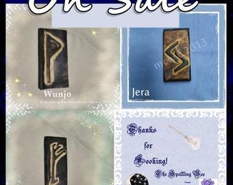 Rustic Prim Elder Futhark Cedar Wood Decorative Giftable Rune  Piece set