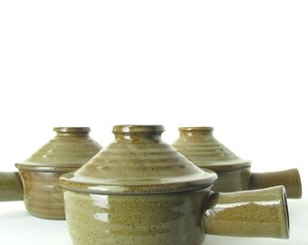 Vintage Set of 3 Pottery French Onion Soup Bowls With Lids // Individual Serving Beanpot Crock Bowls