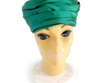1960s Turban Hat - Kelly Green Hat Satin Fabric