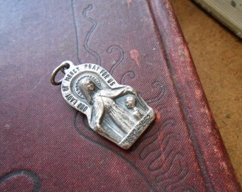 vintage virgin mary charm illinois mission of the lady of mercy chicago - antique vintage catholic charm supplies