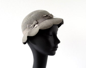 Vintage 40s Hat / Gray Felt Hat / 1940s Hat / Henry Pollak / Size 22